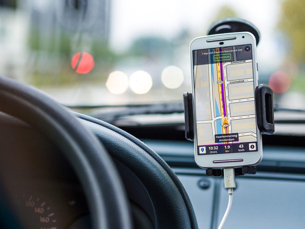 Téléphone servant de GPS